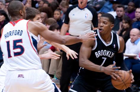 Wyniki NBA: Trzy dogrywki! Buzzer-beater Johnsona!