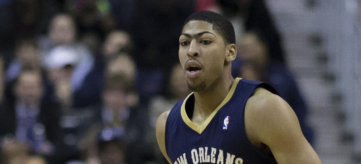 Wyniki NBA: Wysocy prowadzą swoje drużyny do zwycięstw. Uraz Davisa