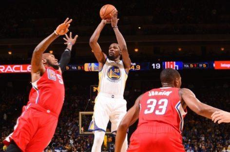 Wyniki NBA: Hawks odrabiają 20 punktów straty, Warriors znów lepsi od Clippers