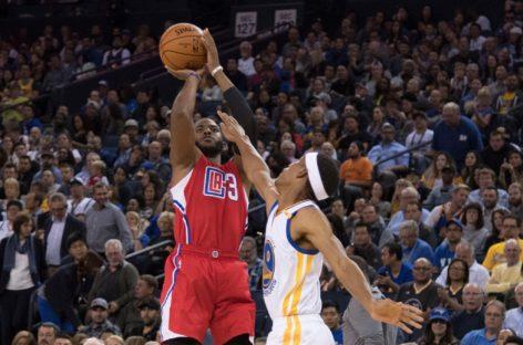 Wyniki NBA: Osłabieni Clippers ogrywają Spurs, Warriors bez Green'a odrabiają straty w Brooklynie