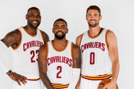 Wyniki NBA: Spurs i Cavs prowadzą już 2-0. 37 punktów Irvinga i Leonarda