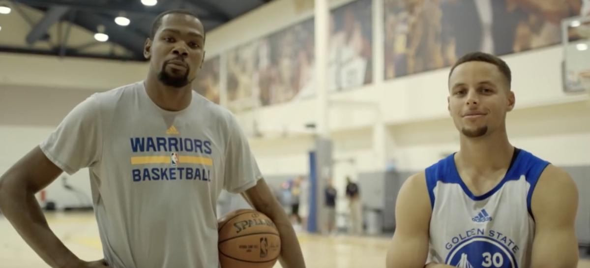 Wyniki NBA: Warriors wygrywają z Cavs. Sixers lepsi od Raptors