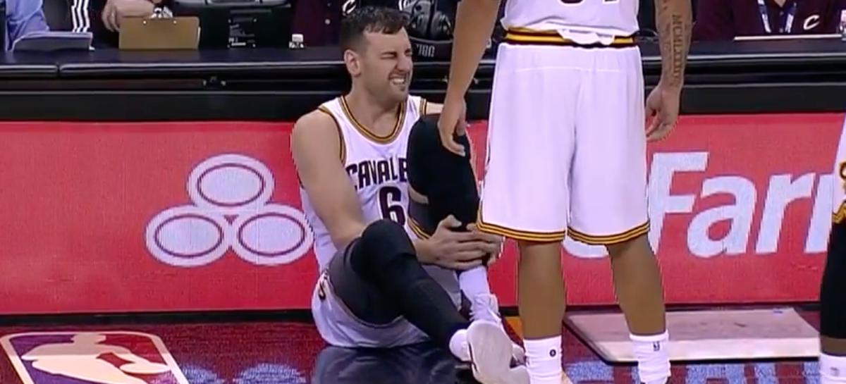 NBA: Bogut złamał nogę po 58 sekundach gry