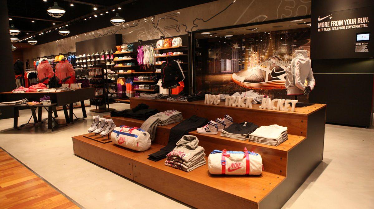 Bardzo duża wyprzedaż w oficjalnym sklepie Nike!