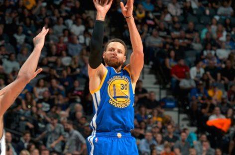Wyniki NBA: Warriors znów zdecydowanie lepsi! Lebron i Curry z triple-double.