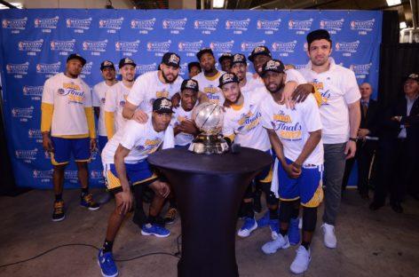 NBA: Golden State Warriors wyglądają jak miliard dolarów