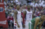 Wyniki NBA: Powrót Walla, 15 zbiórek Gortata