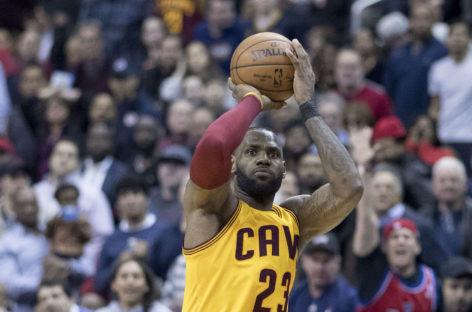 Wyniki NBA: Cavaliers po raz trzynasty, triple-double Duranta, dominacja Cousinsa