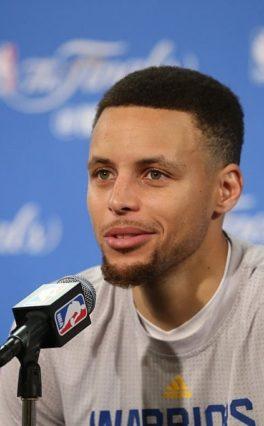 NBA: Steph Curry najlepszą wersją siebie?