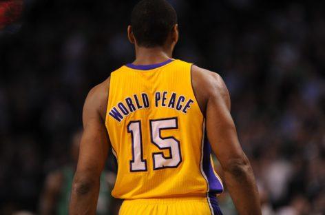 2011 – Ron Artest zmienia imię i nazwisko