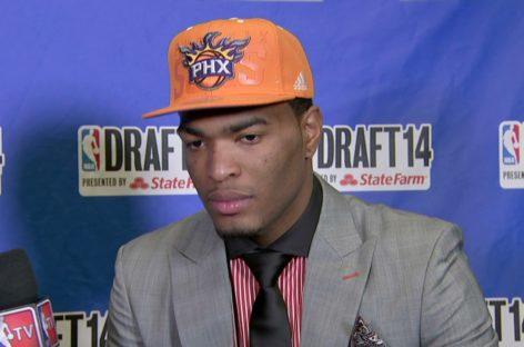 NBA: Wschodząca gwiazda Suns z nową umową