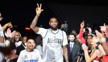 Mecz Gwiazd: LeBron zwycięża i zgarnia tytuł MVP