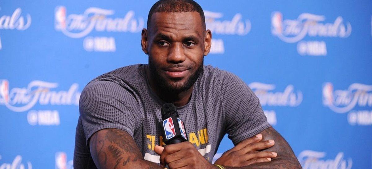 NBA: James rozczarowany brakiem jednego transferu