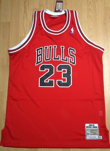 """oryginalny M&N jersey """"The Shot"""" z 1988 roku, Made in USA, niestety numery i nazwisko w meczowym były z vinylu..."""