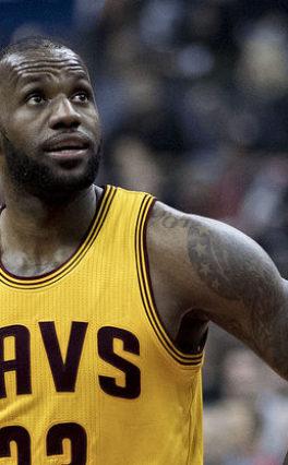 NBA: James skrytykował kolejny pomysł ligi