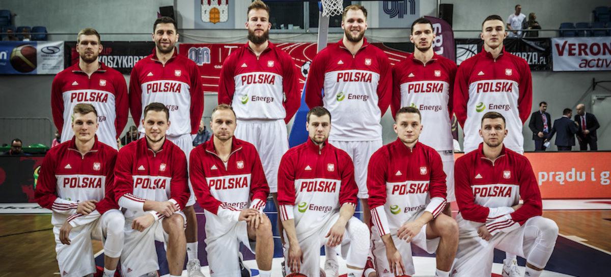 Awans Polaków w rankingu FIBA mimo porażki