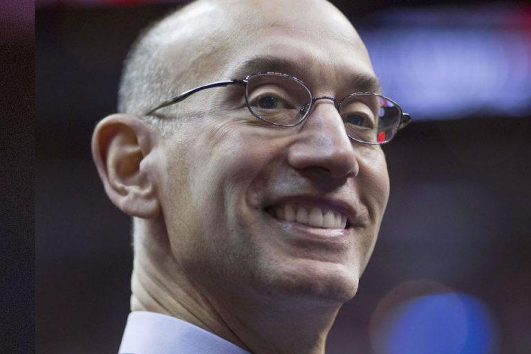 NBA: Liga stawia twarde ultimatum niezdecydowanym zawodnikom